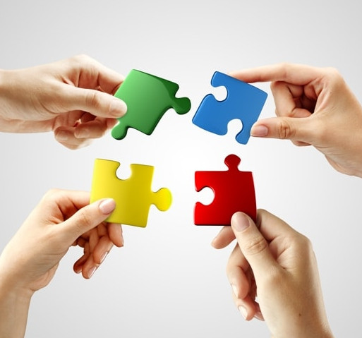 mani puzzle equipe3